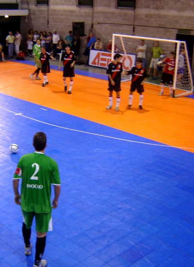 club pinocho cancha futsal lisos play court (2)